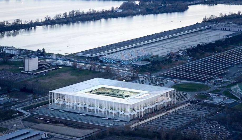 Image: New Bordeaux Stadium by Herzog & deMeuron, in Bordeaux, France. Courtesy of Azure, Herzog & deMeuron