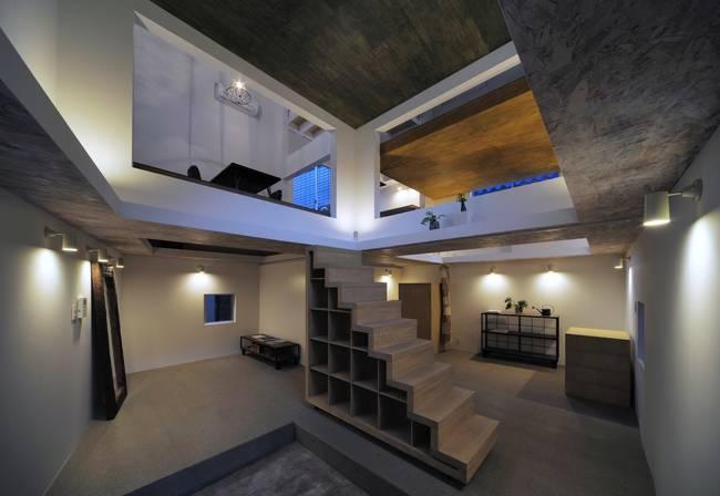Image: Ninja House designed by Hiroyuki Shinozaki Architects. Courtesy of Hiroyasu Sakaguchi, ArchDaily and Treehugger